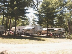 campsite Twin Oaks RV Campground & Cabins