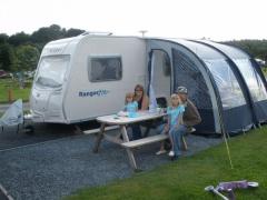 campsite riverside caravan and camping park